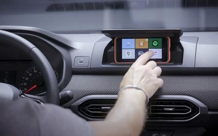 В Sandero будут использовать смартфон вместо «магнитолы»