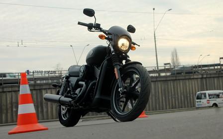 В Украине дебютировал новый байк Harley-Davidson Street 750