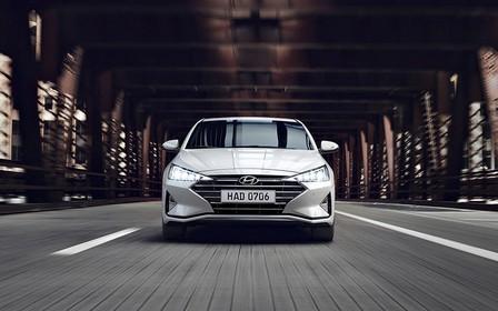 В Україні стартували продажі нової Hyundai Elantra