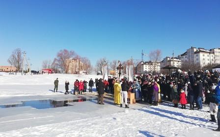 В ЖК «Озёрный гай Гатное» прошёл незабываемый праздник Крещения вместе с «Интергал-Буд»