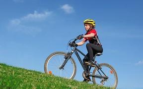 Велосипедная экипировка для безопасной езды малышей