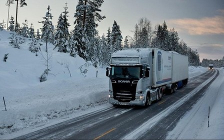 Въезд грузовиков в Киев закрыт с 15:00