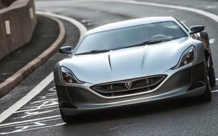 Видео: Хорватский электрокар Rimac обогнал Bugatti Veyron