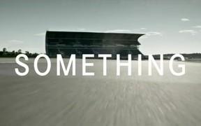 Видео: Mercedes-Benz анонсировал «нечто быстрое»