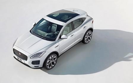 Видео: Новый Jaguar E-Pace крутонул «бочку» на презентации