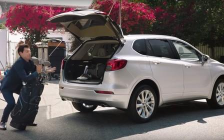 Видео: Топ-5 автомобильных реклам месяца
