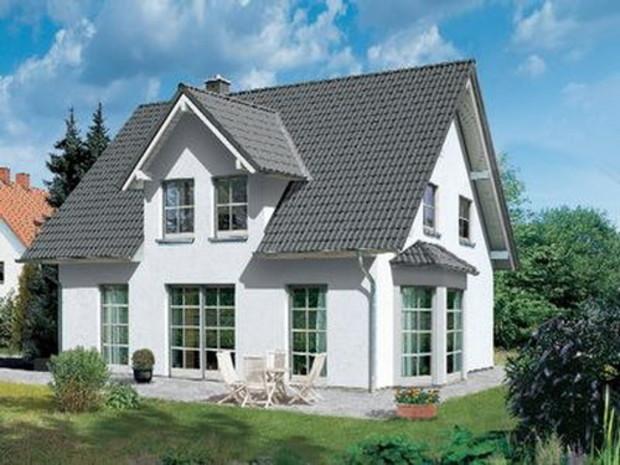 Владельцы самовольно возведенных частных домов усадебного и дачного типа могут легализовать их до конца 2010 года