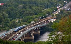 ВНИМАНИЕ: Ремонт на мосту Метро в Киеве продлится до 30 апреля