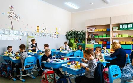 Во всех областных центрах Украины не хватает школ