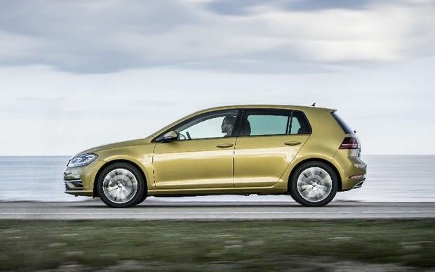 Volkswagen Golf - історія успіху в 45 років