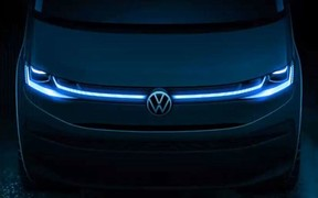 Volkswagen показал первое официальное фото Transporter T7