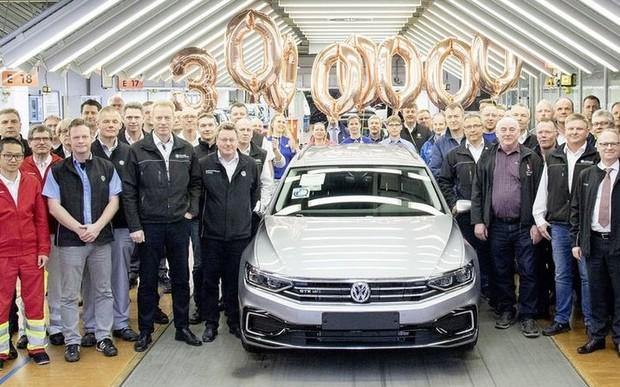 Volkswagen виробив свій 30-мільйонний Passat