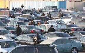 Возраст не помеха! Какие б/у авто покупают украинцы в новом году?