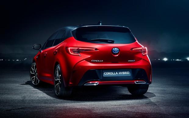 Все будет Corolla: Toyota прекратит производство модели Auris