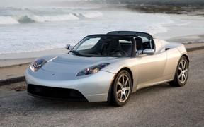 Второе поколение Tesla Roadster появится через 4 года