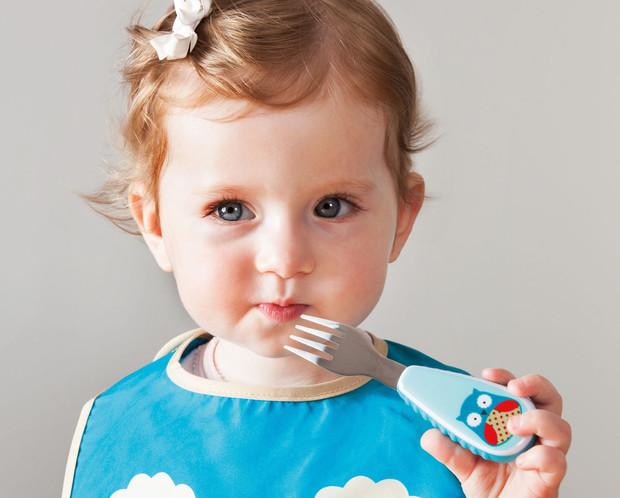 Безопасная посуда для детей: рекомендации по выбору