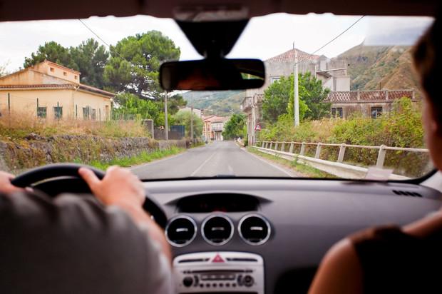 Выезд за границу на авто по доверенности
