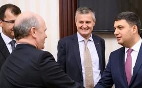 Завод Renault в Украине: Владимир Гройсман провел очередную встречу с крупным автопроизводителем
