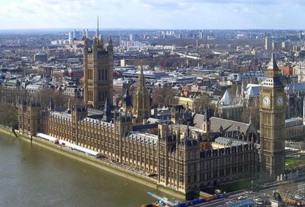 Жилье в Англии медленно дешевеет