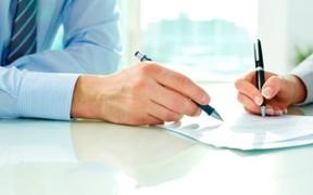 Жителям многоэтажек продлили срок для выбора типа договоров на услуги ЖКХ