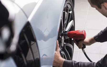 Знижка вихідного дня на офіційний сервіс Jaguar Land Rover