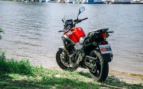 Suzuki V-Strom exterior