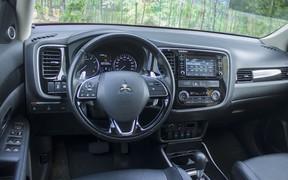 Mitsubishi Outlander 2,4