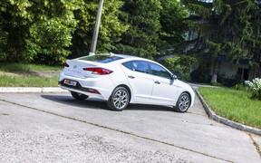 Hyundai Elantra ext2
