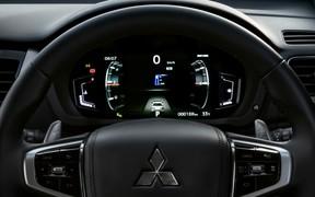 Mitsubishi Pajero Sport ин