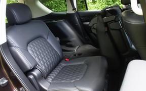 Ifiniti QX80 Seats