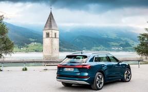 Audi E-tron Ext