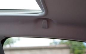 Peugeot 208 - салон