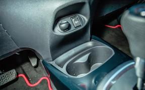 Toyota Yaris - интерьер