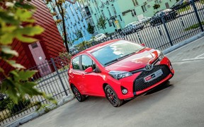 Toyota Yaris - виды