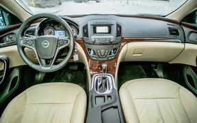 Opel Insignia - салон