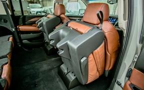 Cadillac Escalade_interior