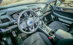 Салон Subaru Outback