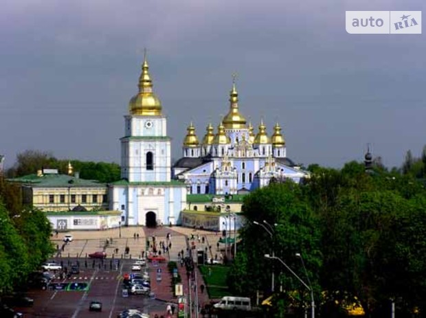 Киевляне отстаивают Софию Киевскую акциями протеста