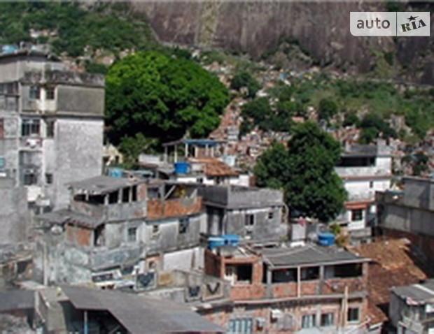 Около 828 млн жителей планеты обитают в трущобах