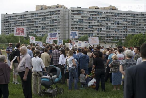 Протесты против строительства - красивый бизнес?