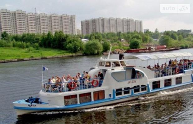Речной трамвай начнет работать после дня Киева