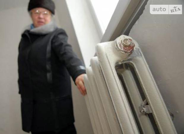 Сегодня в Херсоне начали отключать квартиры должников от водоснабжения
