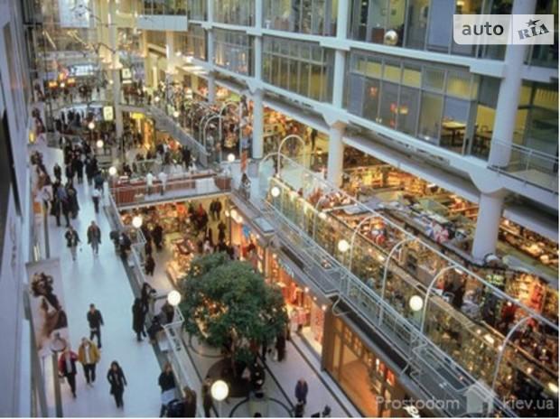 Сегодня в Киеве действует 600 тыс кв м торговых площадей