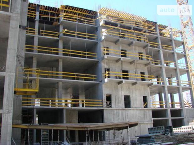 Темпы снижения строительства из месяца в месяц сокращаются