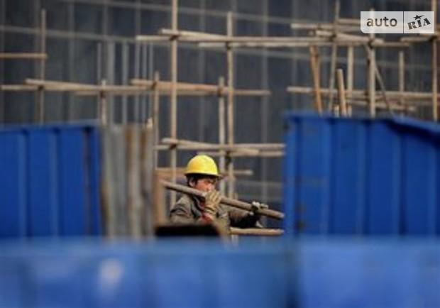 Тигипко предлагает развивать строительство с трех сторон