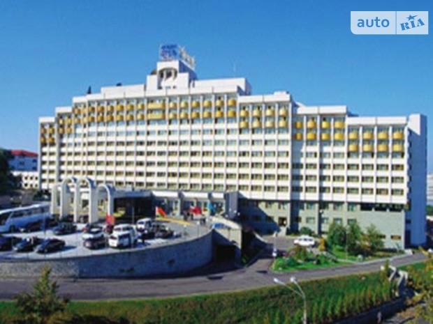 У президента отобрали гостиницу в центре Киева