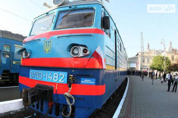 «Укрзализныця» изменила маршрут движения между Киевом и Львовом