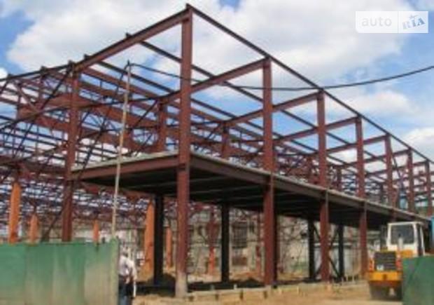 В Киеве демонтировали каркас недостроенного торгового центра