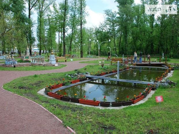 В Киеве озеленят 19 скверов