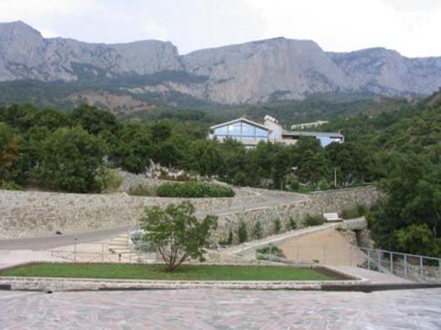 В январе ФГИ выставит на продажу оздоровительный комплекс «Таврия»